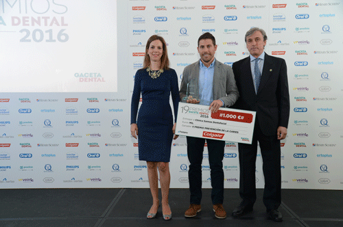 La clínica dental navarra Sannas premiada en los premios Gaceta Dental