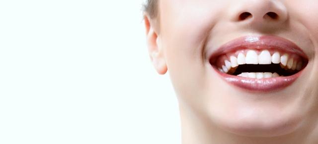 3 mitos sobre el blanqueamiento dental